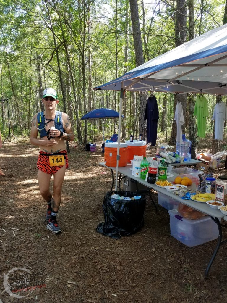 ultramarathon aid station fueling