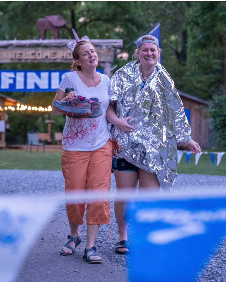 Running your first 50 miler: bring a crew or a finish line friend!
