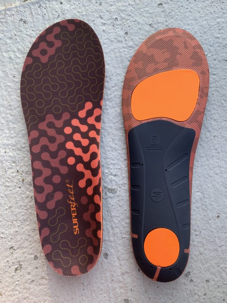 Superfeet ADAPT Run Insoles  top view and bottom view